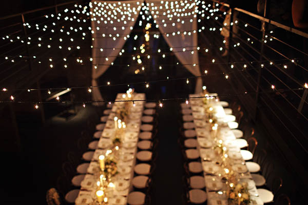How To String Christmas Lights On Ceiling : Lampadas na Decoracao do Casamento - Peguei o Bouquet
